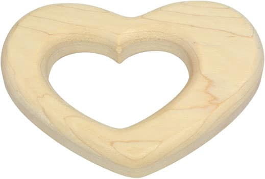 Heart-shaped maple teether without finish