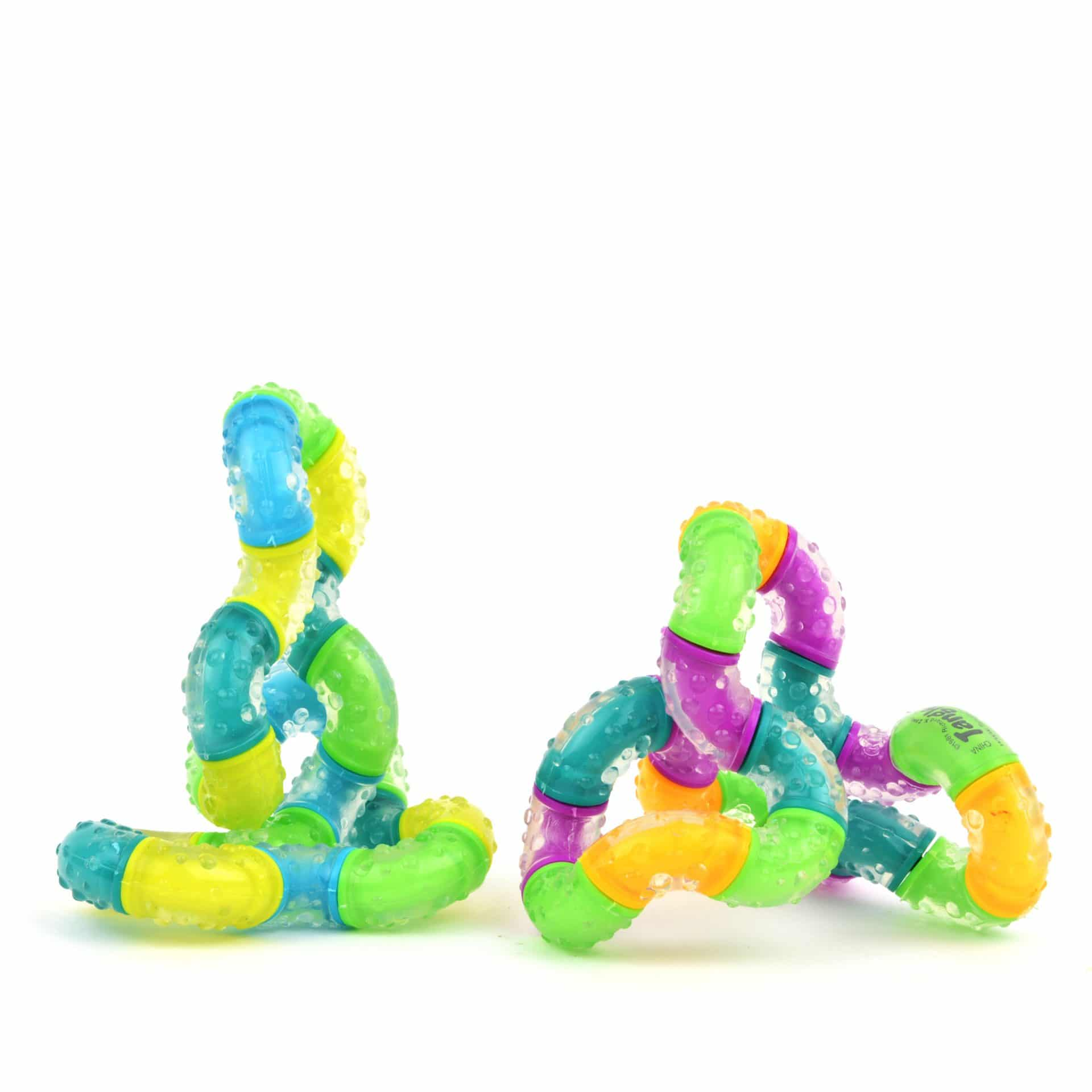 Segmented Tangle toy bends and twists