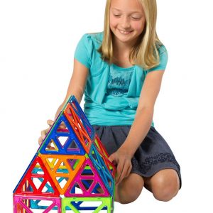 Large scale magnetic open geometric shapes building toy