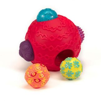 Differently textured balls develop tactile discrimination